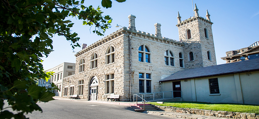Old Idaho Penitentiary front of building